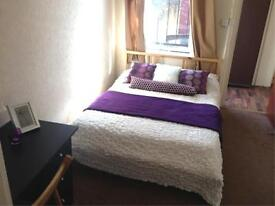 1 bedroom flat in Flat 2 - 1 Norwood Terrace
