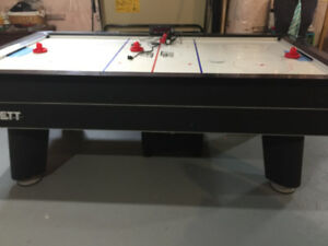 Jett Power-Flo 7 ft air hockey table