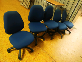 Swivel office chairs Navy blue