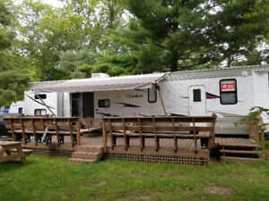 2011 Cherokee 39H Destination Trailer
