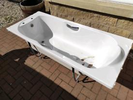 Ideal standard bath 1700mm long 700mm wide.