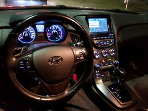 2013 Hyundai Genesis 2.0T Premium Nav & Roof - $12500