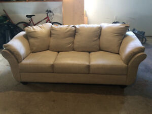 Swede Couch  reasonable
