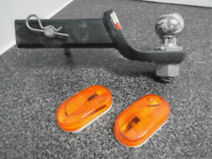 "Trailer Tow Hitch  2"" Ball & Reflectors"