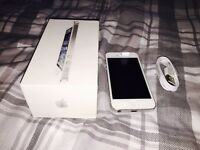 APPLE IPHONE 5S 32GB WHITE/SILVER UNLOCKED