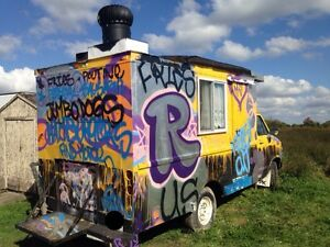 Stationary food truck / ice cream stand