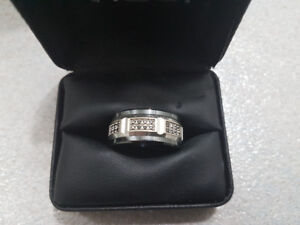 Men's ring and ladies pennant