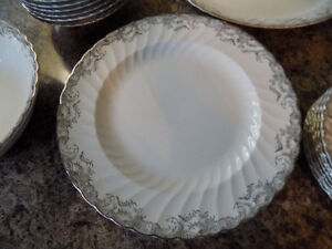 Set of Dishes, Service for 8