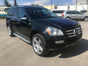 2010 Mercedes-Benz GL 550 AMG package, Clean and Maintained!