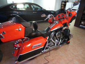 2012 Harley CVO Electra Glide Ultra Classic with low KMS