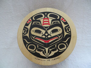 WEST COAST HAIDA NATIVE PAINTED  BOX - GREAT GRAPHICS