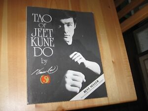 BOOK - BRUCE LEE - REDUCED!!!!