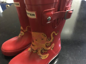 Kids Hunter rain boots size 7