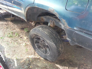 """1996 Toyota 4Runner 3.4L 4x4 3"""" Body + 3"""" Susp Lots of Parts Inc London Ontario image 8"""