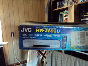 VCR-NEW IN BOX made by JVC the inventer of VHS-4 head Hi Fi