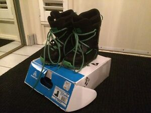 Snowboard boots Firefly boys size 3