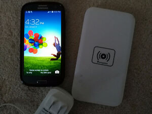 Galaxy S3 - Rooted and includes Wireless charger