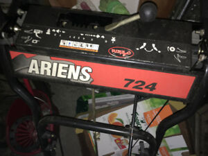 Snowblower ARIENS 724