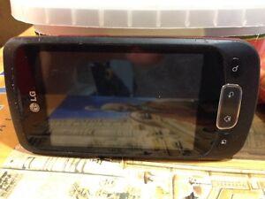 Téléphone cellulaire intelligent LG hyper propre