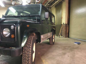 Landrover Defender | Great Deals on New or Used Cars and