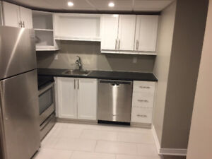 Newly renovated 2 bedroom apartment for rent in house/Ancaster