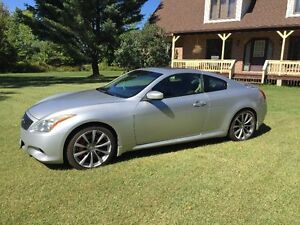 2008 Infiniti G37 Sport Coupe 6 speed Manual Transmission RARE !