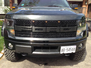 Ford F150 FX4 front bumper from a 2014 model.