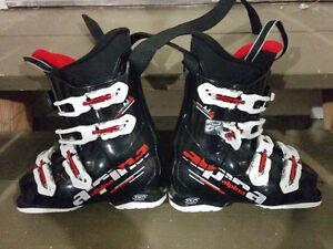 Alpina AJ4 Junior boots, & Atomic skis - 120 length