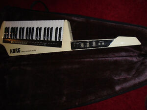 VINTAGE EARLY 1980'S KORG RK 100 REMOTE KEYBOARD