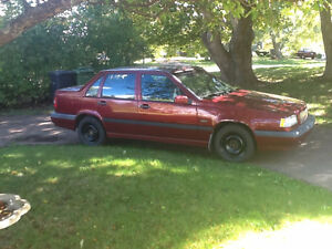 1997 Volvo 850:Hobby Car. Need storage. Price fair to both !