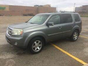 2009 Honda Pilot Touring SUV, Crossover LOW KMS