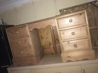 Solid wood dressing table