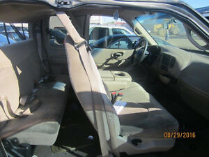LAST CHANCE PARTS! 2000 FORD F150 @ PICNSAVE WOODSTOCK! London Ontario image 4