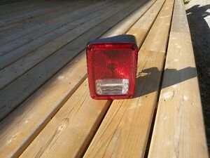 Jeep 07-2016 Right Rear Passenger Side complete tail light lens Peterborough Peterborough Area image 1