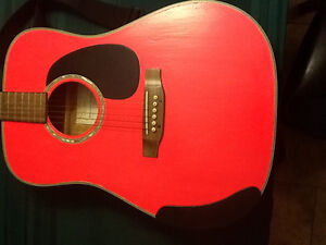 Takamine G330S Acoustic Guitar