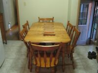 solid wood 6 chairs and table