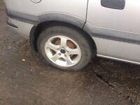 Zafira/Vauxhall Alloys 5 stud + free fitting