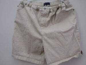 REDUCED All 6 for $20 -Maternity large shorts and pants
