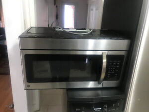 Stainless Steel Excellent Condition Over The Range Microwave