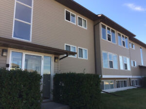 2 Bedroom Apartment in Airdrie for Rent