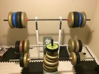 Bench Press 440 LBS 3 bars matts and more $400 OBO