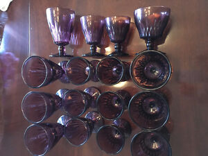 set 16 purple glassware