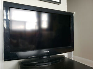 "Good working Toshiba TV 32"" 720p"