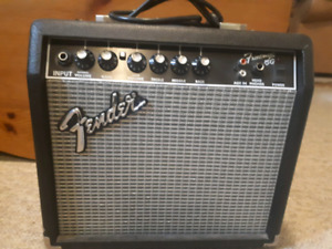 fender frontman 15g buy or sell used amps pedals in ontario kijiji classifieds. Black Bedroom Furniture Sets. Home Design Ideas