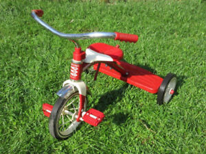 Radio Flyer -- Classic Red Tricycle -- AVAILABLE