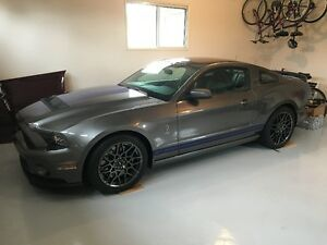 2014 Shelby GT500 SVTPP TP Glass Roof ONLY 123 kms