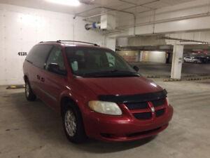 2001 Dodge Caravan Standard Minivan, Van