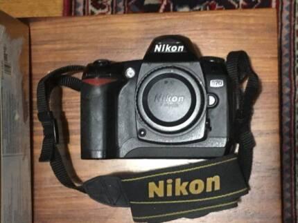 Nikon D70 - Body Only