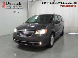 2016 Chrysler Town Country Dual Pwr Sliding Drs Touring $151 B/W
