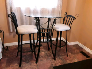 Bistro Pub Bar Table and Swivel Chairs